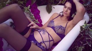 Celebrity Erotica  - Page 2 599f204a51eec